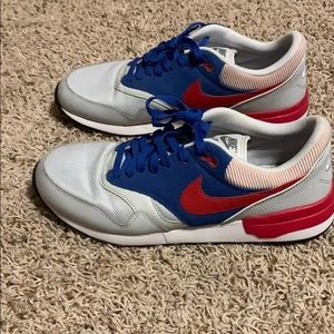 Men's Nike Running Shoe